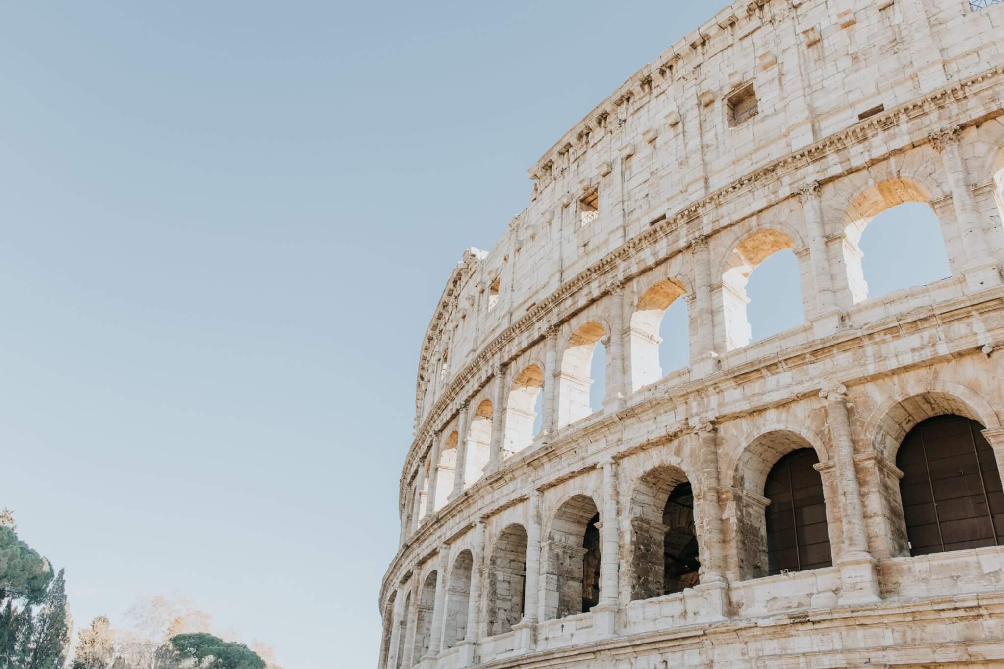 Italia - Colizeu - Photo by Braden Collum on Unsplash